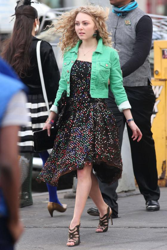 the new Carrie Bradshaw, AnnaSophia Robb