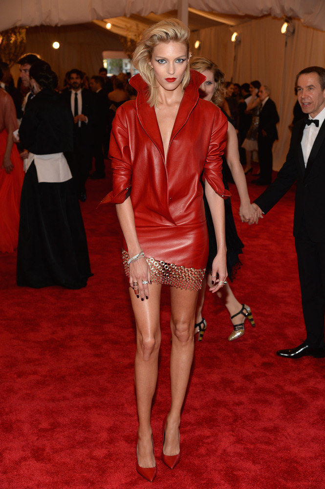 BEST DRESSED: Supermodel Anja Rubik
